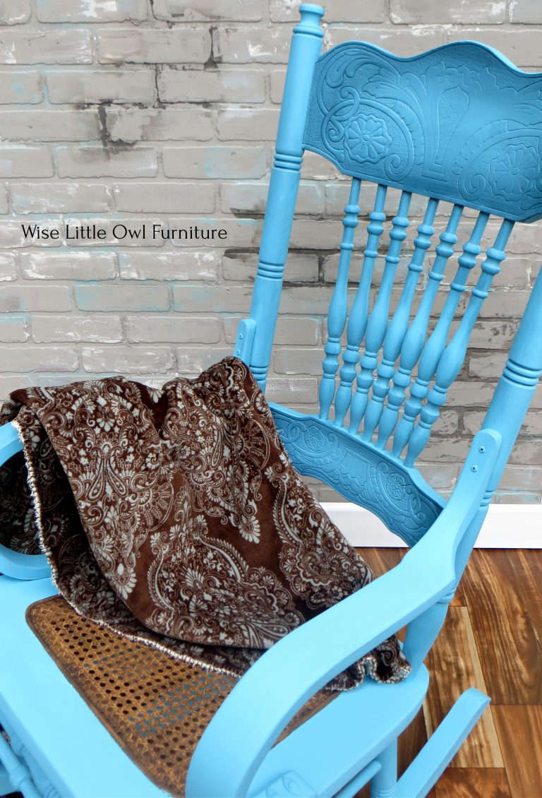 rocking chair top view